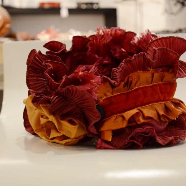 col-frou-frou-orange-et-rouge1