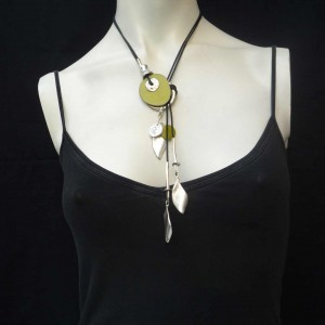 collier-multifonction-ivoire-vegetal-anis1